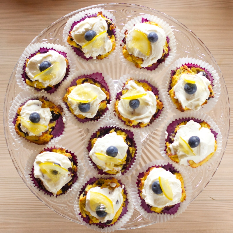 Blueberry- and lemon muffins