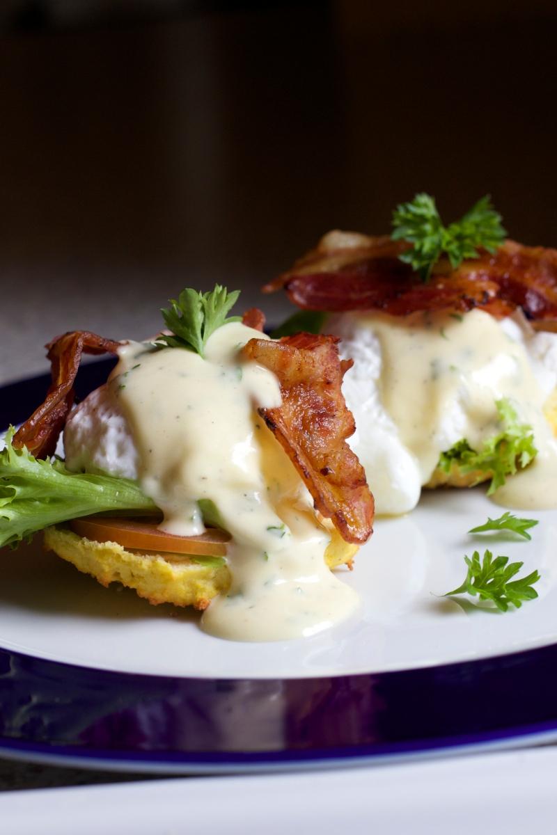 Egg benedict, gluten free, low carb, endometriosis diet