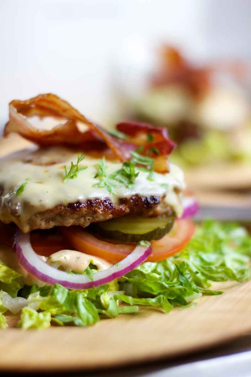 Cheeseburger with bacon. Low carb, gluten- and guilt free