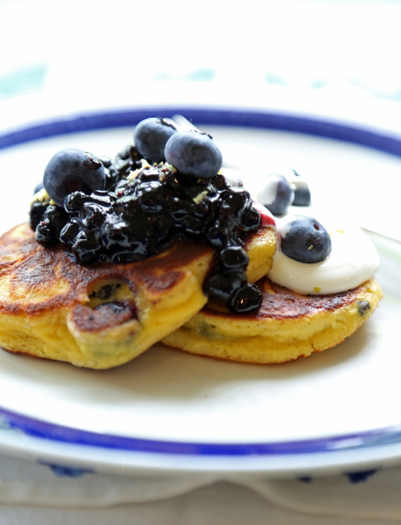 Blueberry pancakes, low-carb and gluten free