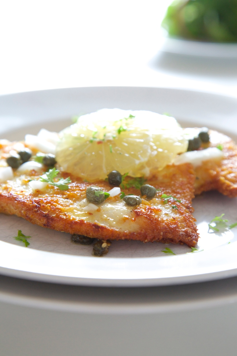 Chicken Schnitzel, gluten free and low-carb