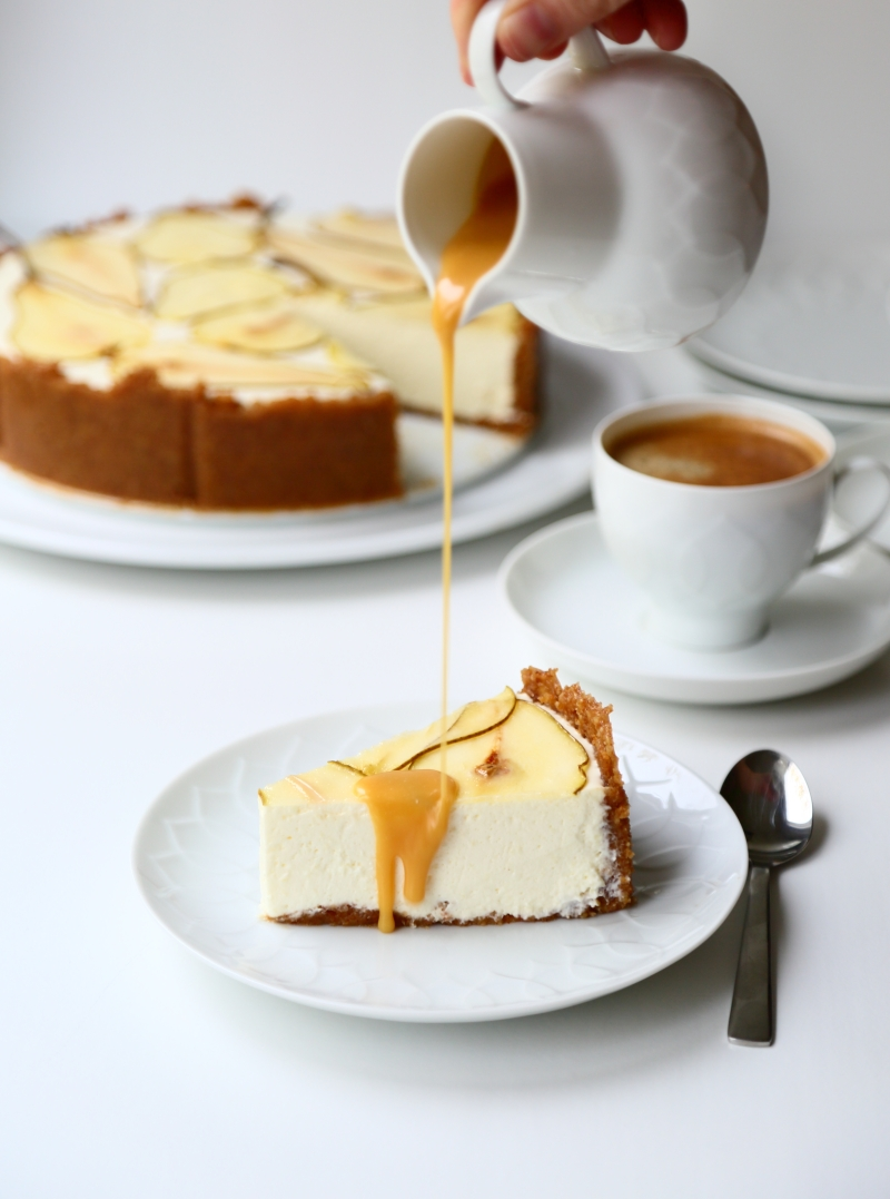 pear cheesecake with salted caramel