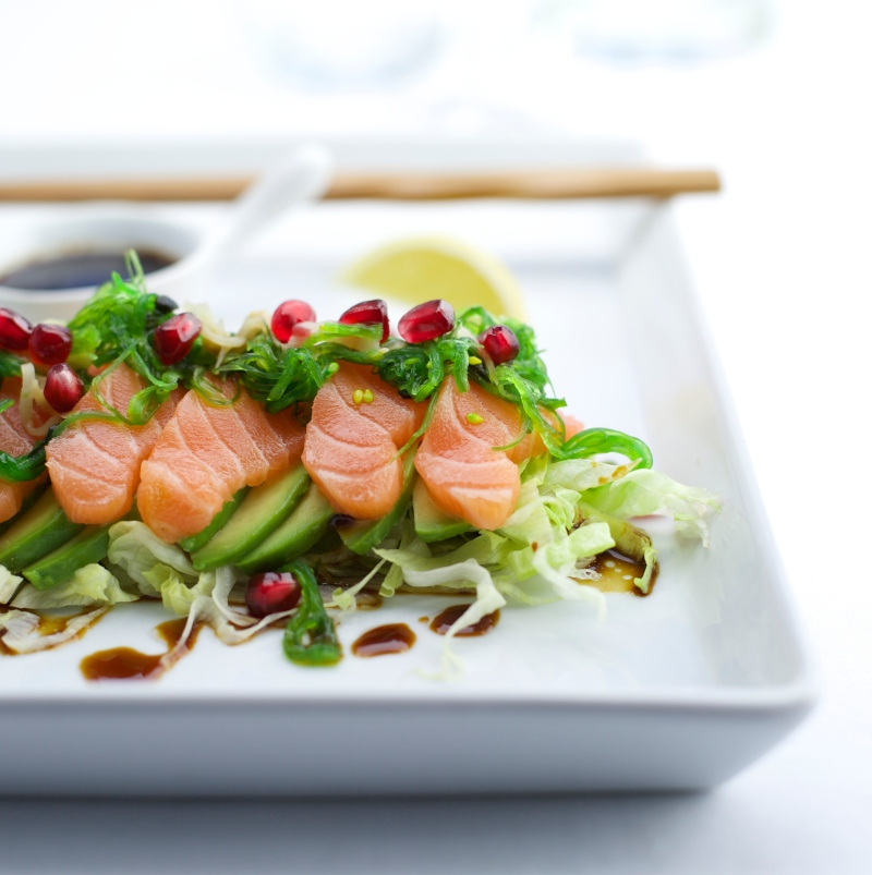 Sashimi salad with pomegranate and wakame