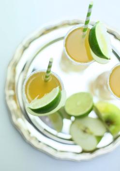 Eplevitt - Nordic Apple and Aquavit drink