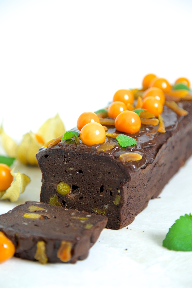 Chocolate cake with orange, apricots and physalis, low- carb and gluten free